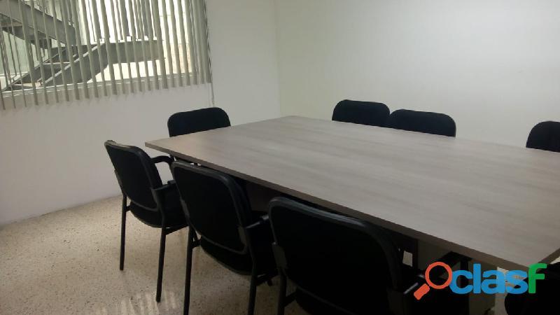 OFICINAS EN RENTA CON SERVICIO DE SALA DE JUNTAS 12