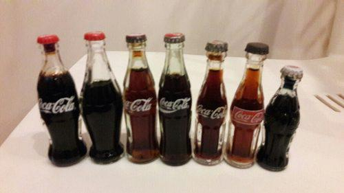 Mini botellitas de refresco coleccionables. set coca cola