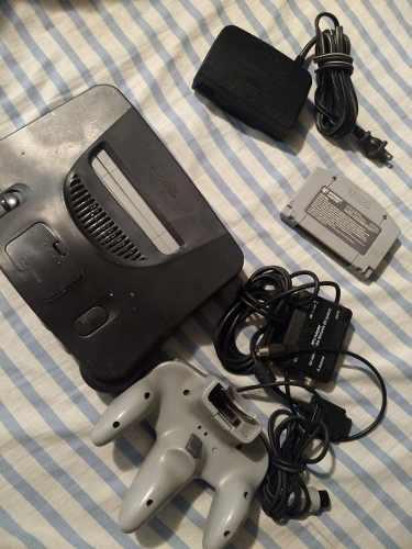 Nintendo 64 para reparar o refacciones.