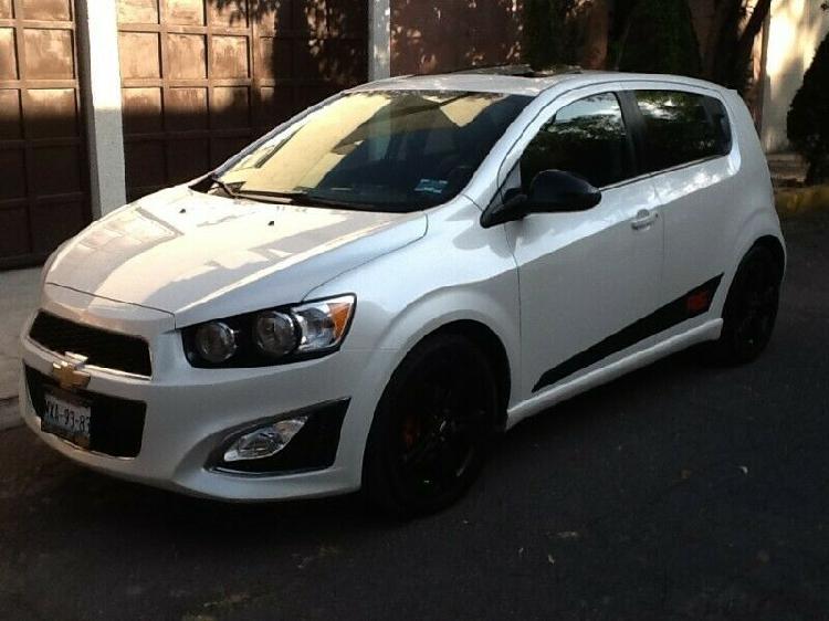 Chevrolet sonic hb paq, rs manual turbo hachback qc como
