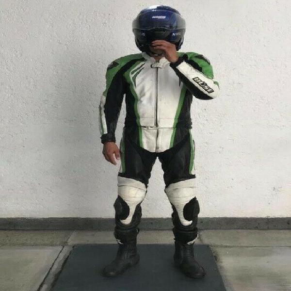 Aprovecha: vendo traje de piel para moto de pista talla 42 y