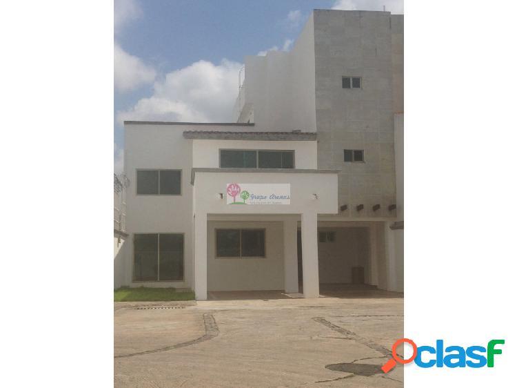 Tabasco 2000 residencia en venta en privada