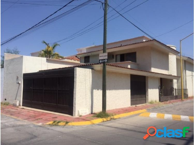 Casa en rental norte fracc jards de la concepcion
