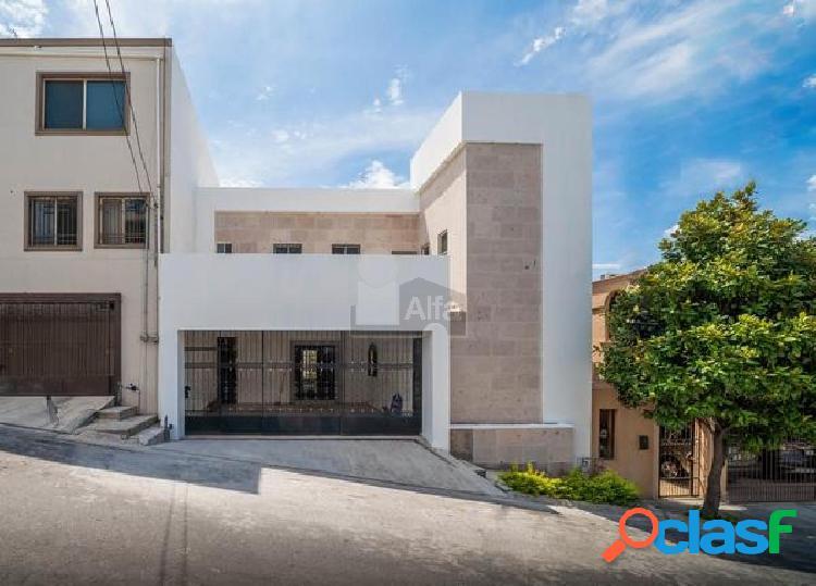 Casa sola en venta en cumbres 6to sector d, monterrey, nuevo león