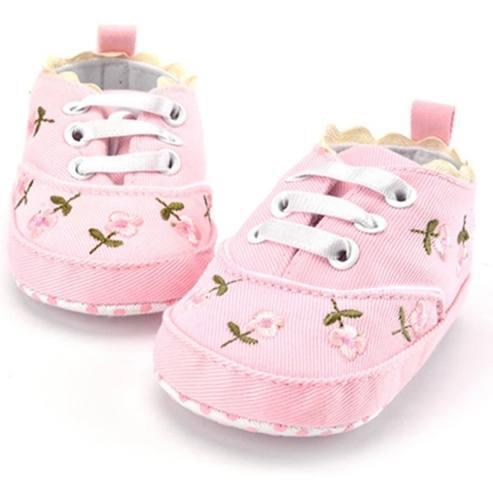 Zapatitos bordados bebe niña hermosos rosas