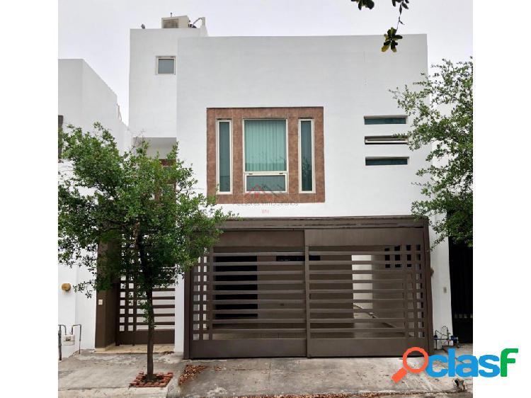 Casa en venta en cumbres santa clara cuarto sector