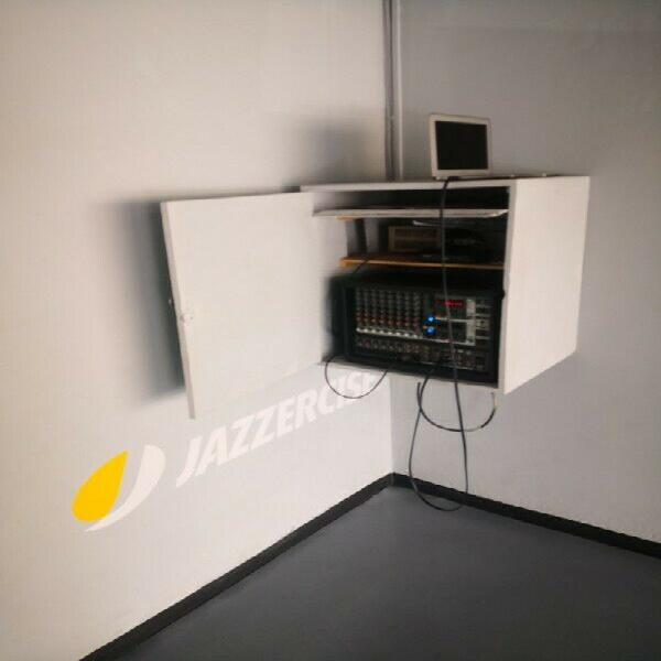 Reparación de amplificadores de audio profesional