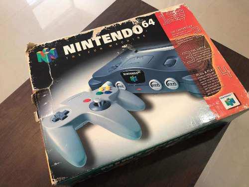 N64 nintendo 64 con su caja