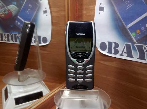 Nokia 8260 analogo negro