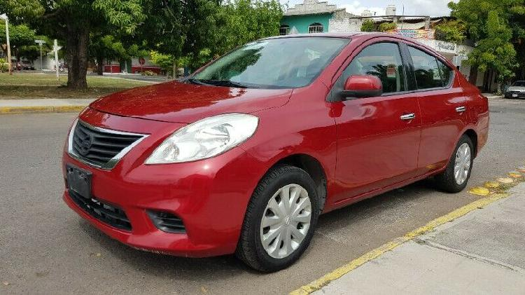 Nissan versa 2012 std unico dueño