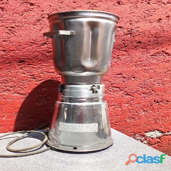 Licuadora industrial con vaso de 10 litros