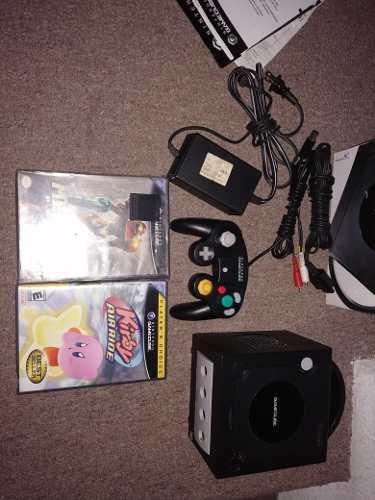 Consola game cube en caja y manuales