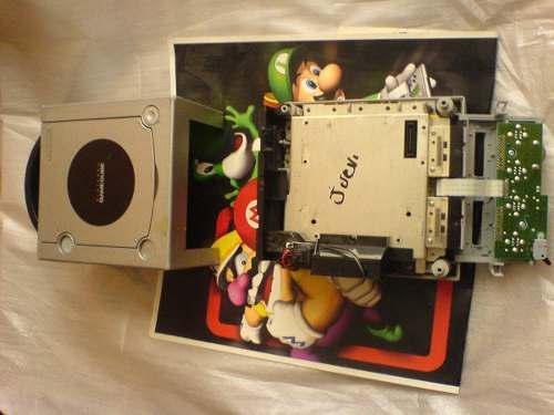 Game cube sin lector barato solo la consola sin cables