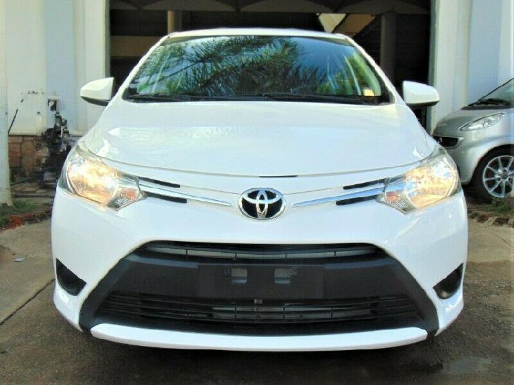 Toyota yaris 2017 sedan core cvt