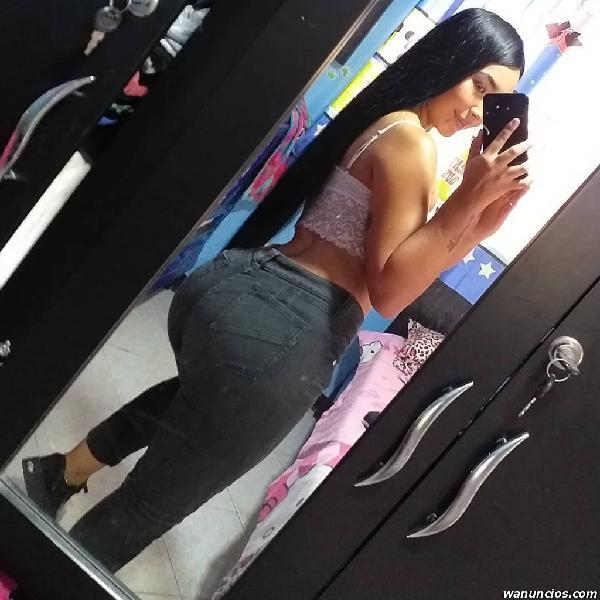 Hola mi nombre es Samantha Mosqueraa escribemeee (Mexico)