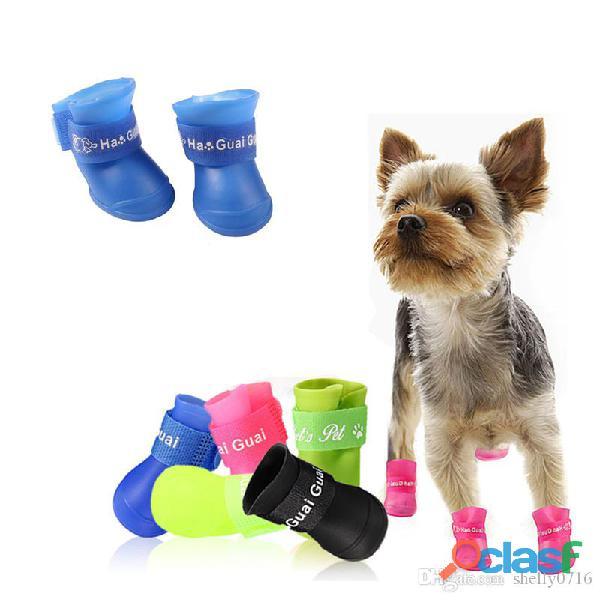 Desde su hogar empaca productos para mascotas