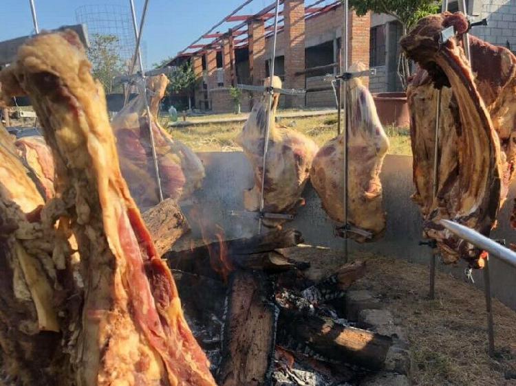 Carne en varas