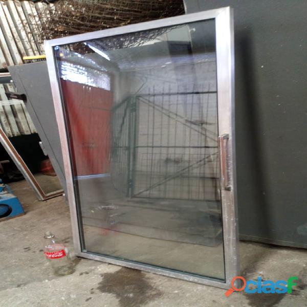 Puertas para refrigerador exhibidor con marco de acero inoxidable o aluminio