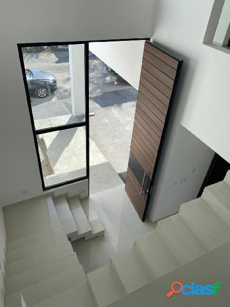 Casa sustentable venta con recamara en planta baja cumbres de santiago carretera nacional santiago nl