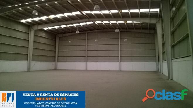 Renta de bodega industrial de 1,678 m2 en lerma