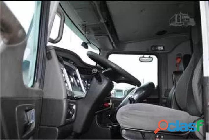 CAMION DE VOLTEO KENWORTH T660 AÑO 2011 6