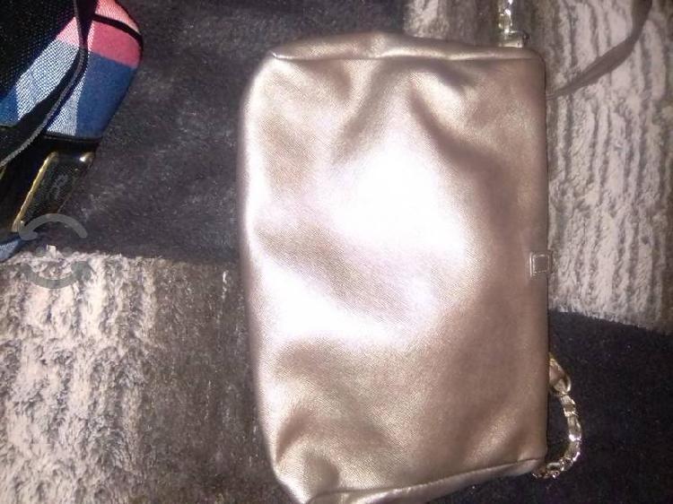 Bonita bolsa bronce
