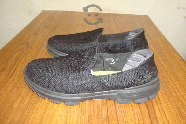 Comodisimo calzado skechers talla 29 1/2 mexico