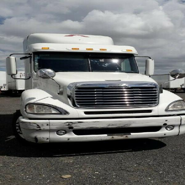Magnifico tractocamion freightliner 2012 18 vel maquina