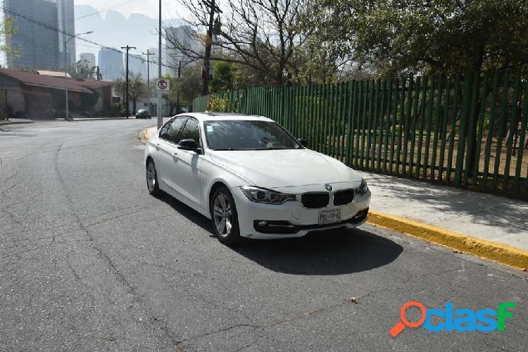 BMW 320i Sport Line 2015 4