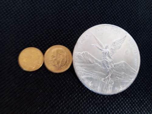 2 monedas de oro $2 y $2.5 con onza de plata de regalo