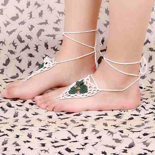 Multi rhodium plated triangle playa descalzo sandalia verde