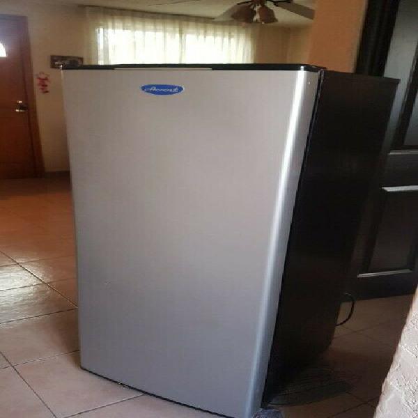 Se vende refrigerador en muy buen estado