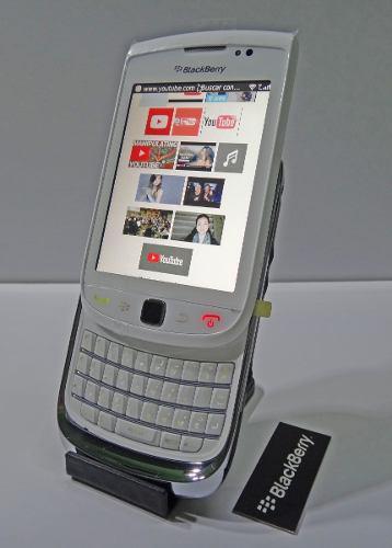 Celular blackberry 9800 (desbloqueado) + funda negra