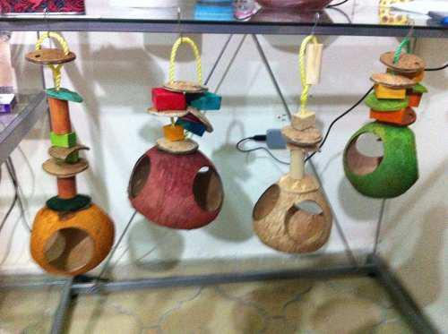 4 nido y juguete para pájaro no tóxico birdays,nest and