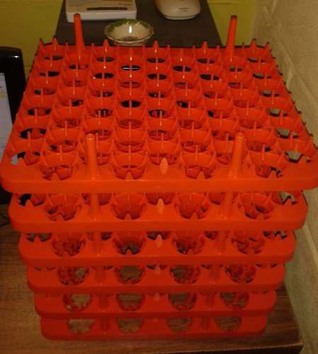 40 Charola Incubadora 54 Huevos
