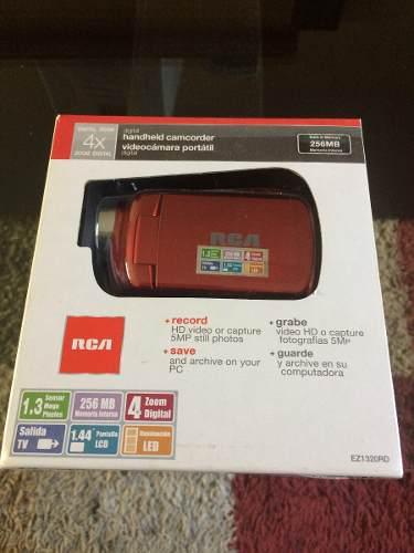 Videocamara digital conpacta portatil rca 4x, 1.3 mega pixel