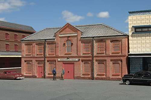 Bachmann industries false front resin building merchants hal