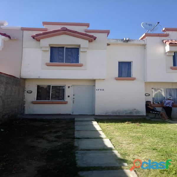 Casa en fraccionamiento urbi