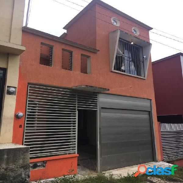 Casa cerca de la usbi en venta