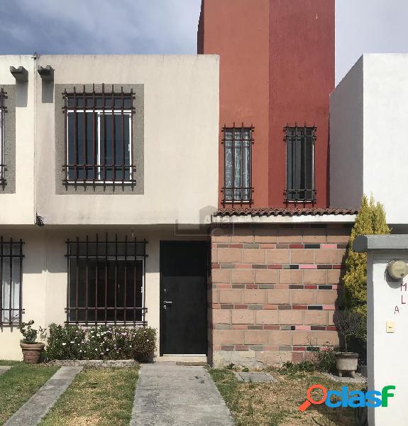 Casa en venta en fraccionamiento hacienda del valle ii, toluca, zona aeropuerto