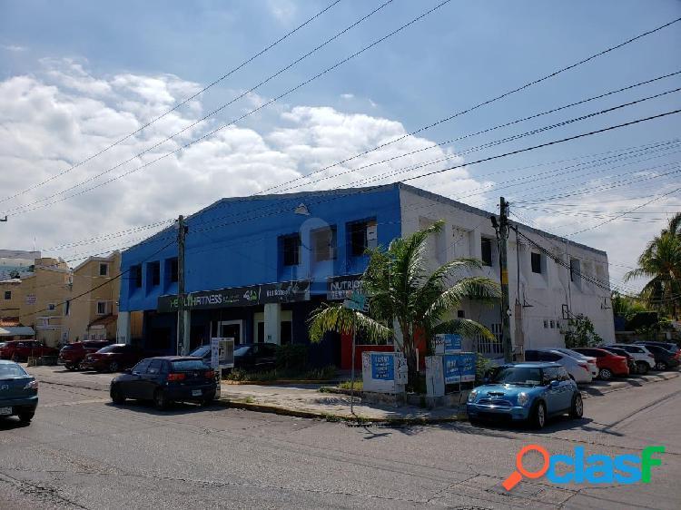 Local comercial sobre av kabah 625 m2 por piso