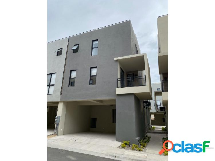 For rent unfurnished townhouse