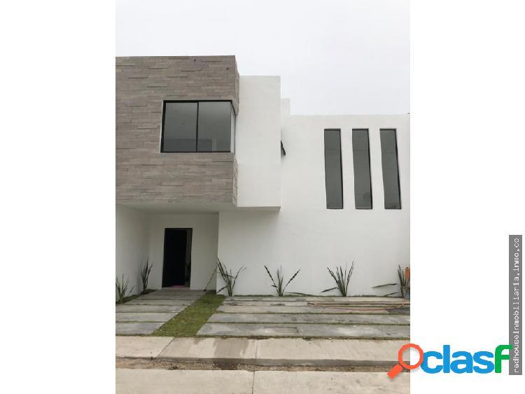01355 vendo casa en villas de la cantera.