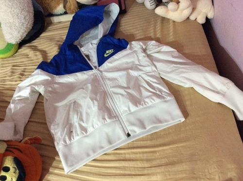 Chamarra nike sportswear para niña