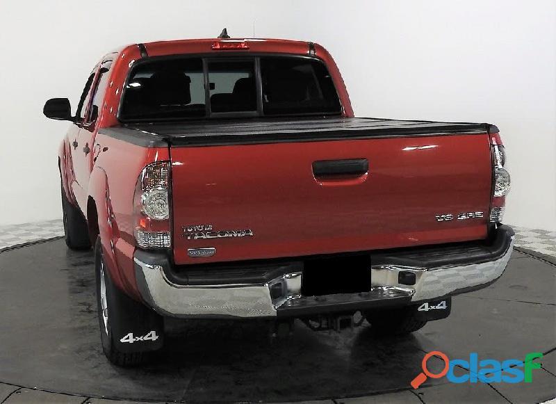 Toyota tacoma 2013 4x4 roja