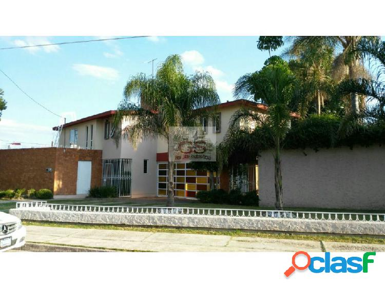 Casa venta/renta uso comercial arboledas celaya