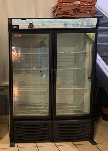 Refrigerador exhibidor marca torrey para negocio.