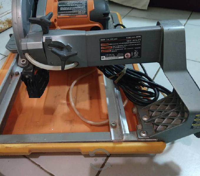 excelente cortadora Ridgid R4030