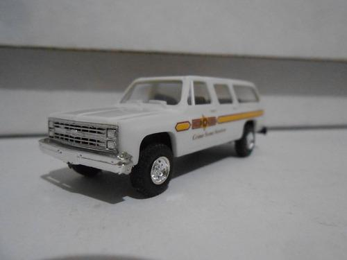 Camioneta suburban unidad de policia escala ho 1/87 vehiculo