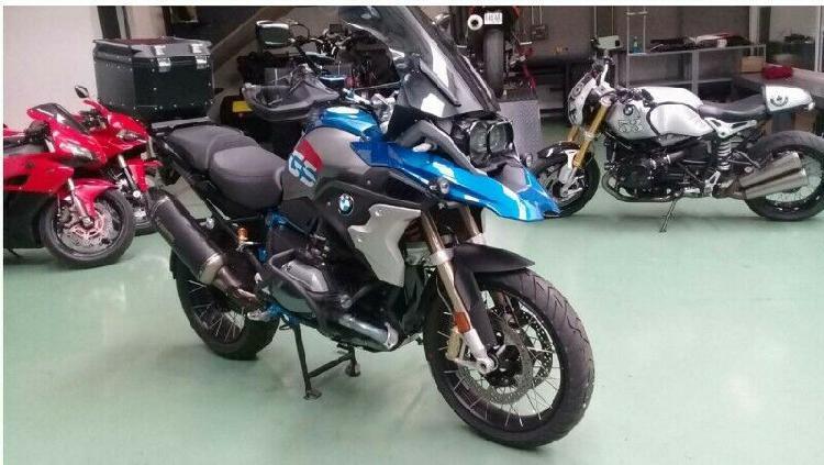 Moto bmw r1200 gs rallye equipada